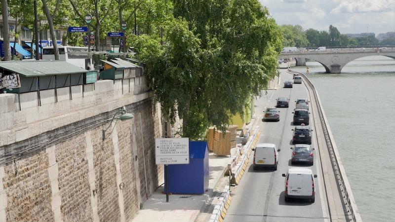 La circulation automobile sur les voies sur berges rive droite à Paris le 12 juillet 2016. Paris Plage 2016 est inaugurée le 20 juillet 2016 par Anne Hidalgo © VD / Paris Tribune.