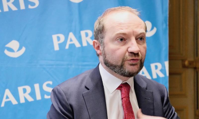 Julien Bargeton en conférence de presse © VD/PT