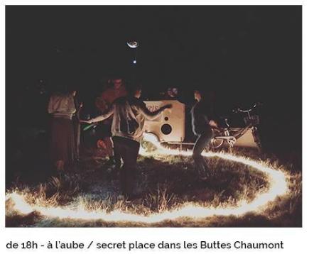 Fête de la musique dans une place secrète dans les Buttes Chaumont © capture d'écran Paris Carpe Diem CD.