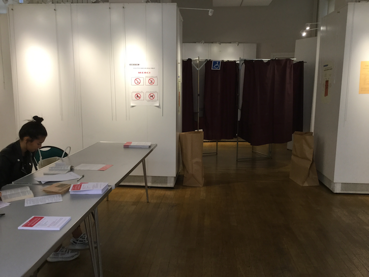 La salle de vote dans le 1er © VD/PT.