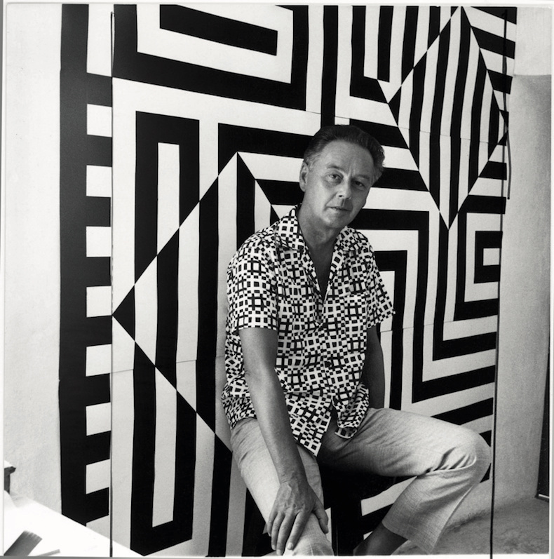Portrait of Victor Vasarely in 1960, Photo Willy Maywald, Association Wally Maywald, Paris 2019