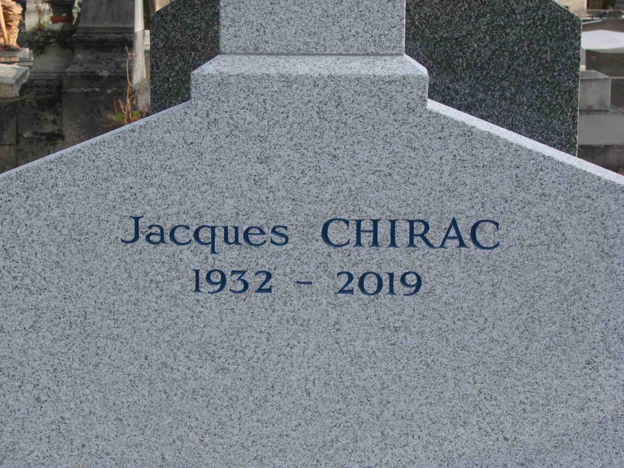 La sépulture de Jacques Chirac au cimetière du Montparnasse © DG/PT