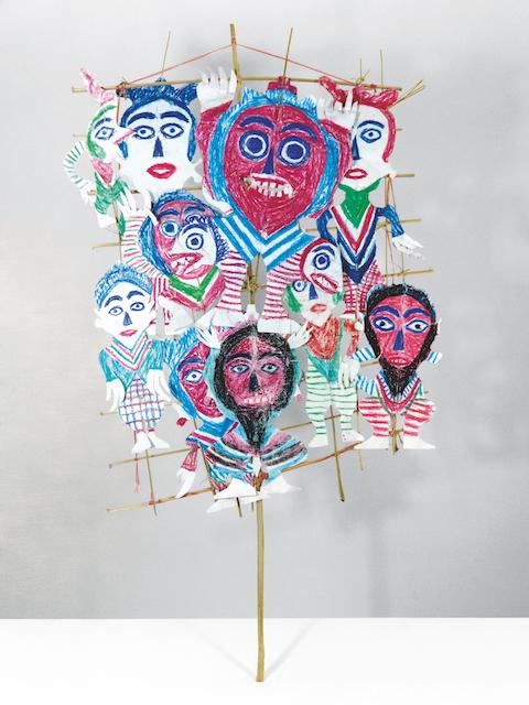 Ni Tanjung, 2016, unique piece, colored pencil and chalk, paper cutout on bamboo stick© Galerie Patricia Dorfmann, Paris