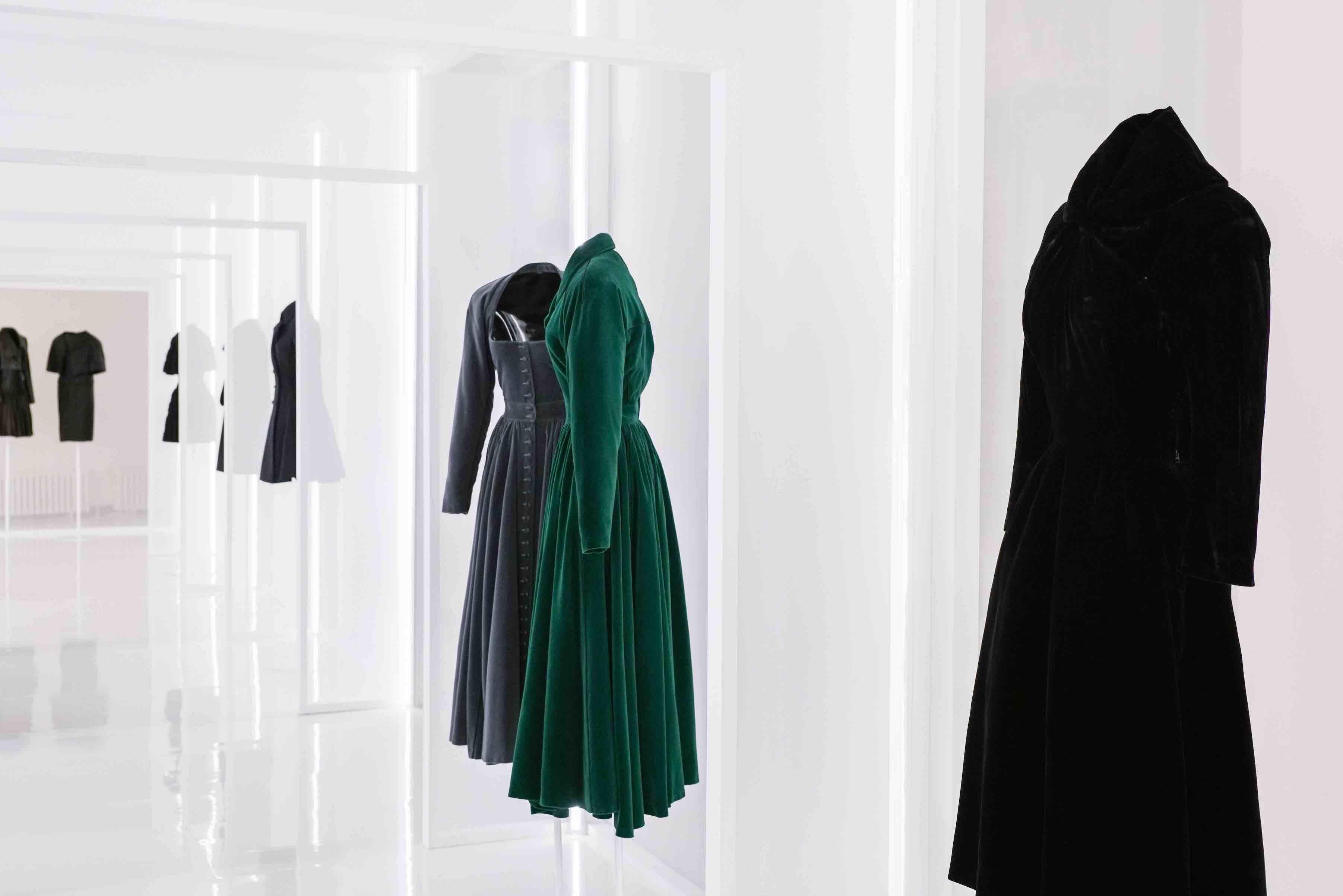 A row of Alaïa and Balenciaga creations © Stéphane Aït Ouarab