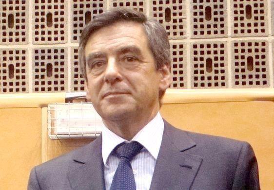 François Fillon en campagne pour les élections législatives 2012 à Paris 05  - Photo : VD Paris Tribune.