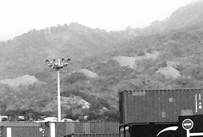 Des containers sous surveillance © VD/MT