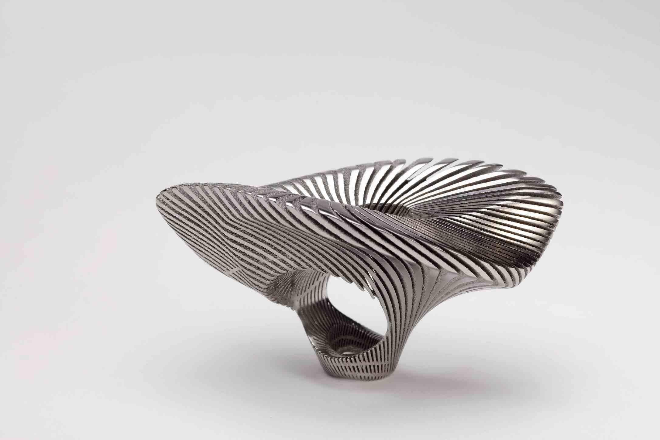 Stefania Lucchetta, Volutae Ring 30, 2020 made of titan©photo Fabio Zonta