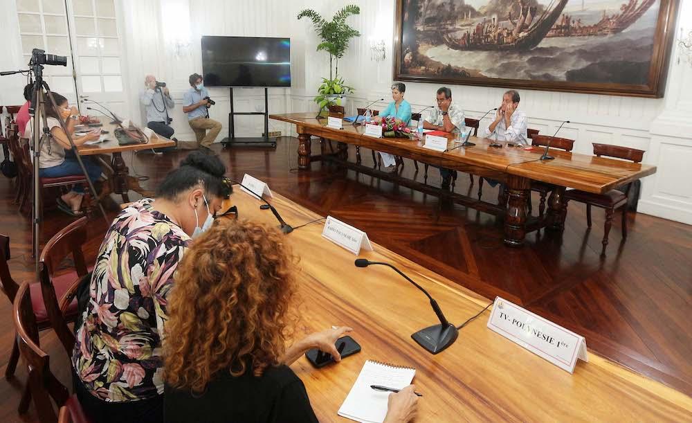 Edouard Fritch président-maire de la Polynésie française - Conférence de presse à Tahiti le 24 juin 2021 sur la table ronde sur les conséquences des essais nucléaires en Polynésie française - photo service de communication de la présidence.