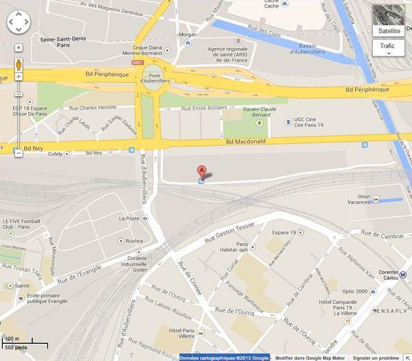 Station du T3b Rosa Parks - Données cartographiques ©2013 Google.
