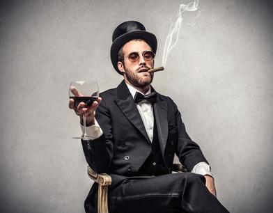 Attention : l'abus d'alcool et de tabac est dangereux pour la santé © olly Fotolia.com