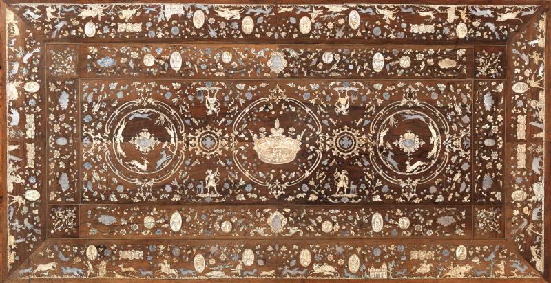 Lot 128 Table à la française inspirée de Jacques Androuet Du Cerceau - Vue du Plateau © Maître Köhn.