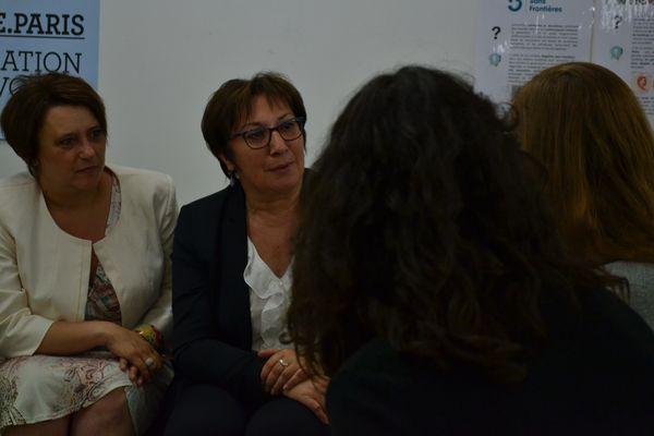 Antoinette Guhl (à gauche) et Martine Pinville (à droite) à l'écoute des entrepreneurs sociaux et solidaires © AC
