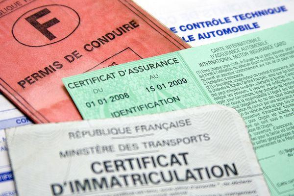 Contrôles routiers © Olivier Tuffé - Fotolia.com