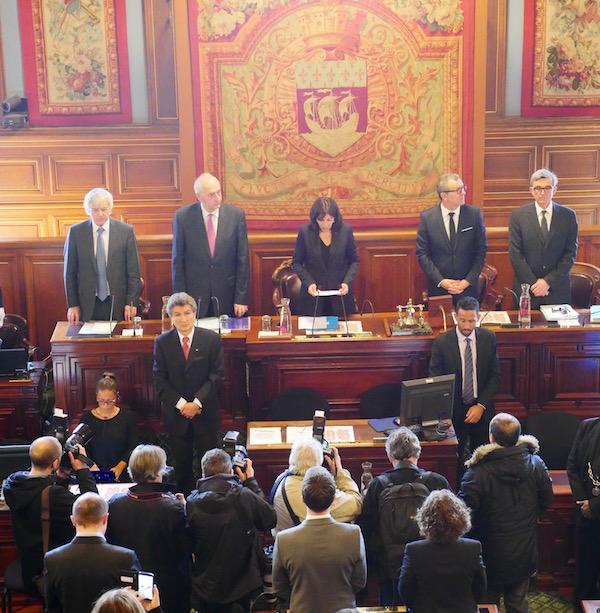 Yvan Mayeur Bourgmestre de Bruxelles invité d'Anne Hidalgo Maire de Paris au conseil de Paris © Paris Tribune