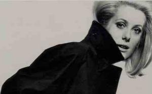 David Bailey, Catherine Deneuve, Vogue Paris May 1966, Archives Vogue Press©David Bailey