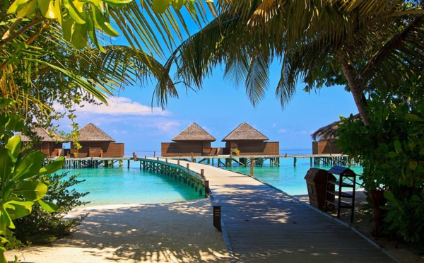 Vaccin et séjour paradisiaque, les îles Maldives misent sur la créativité
