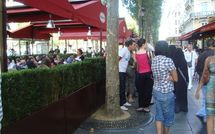 TVA à 5.5 : prix du café (re)serrés sur les Champs