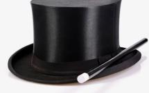 Anne Hidalgo sort un vote de son chapeau