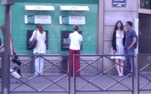 Incognito sur le boulevard Saint-Germain