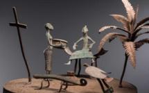 Souvenirs d'autels portatifs en fer forgé du Dahomey