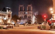 Paris prie pour Notre Dame
