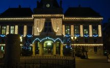 Souffle de Noël sur les mairies