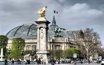 La France s'expose en plan-relief