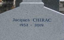 Tombe de Jacques Chirac : des inspecteurs de sécurité de la Ville de Paris canalisent le public