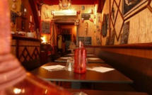 Indonesian restaurants in Paris by political refugees