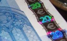 2 082 euros nets par mois