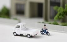 Une camionnette percute un motocycliste et prend la fuite