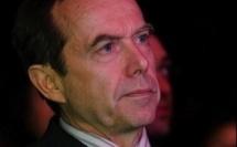 Départ anticipé du sénateur Roger Madec de la mairie du XIXe arrondissement