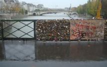 Pont de l'Archevêché et Passerelle des Arts : même combat