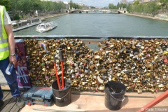 Tolérance zéro sur le Pont des Arts © VD